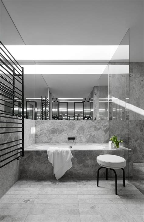 black and white small bathrooms