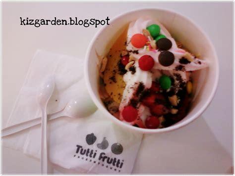 game membuat yogurt the kiz s garden tutti frutti menawan hati