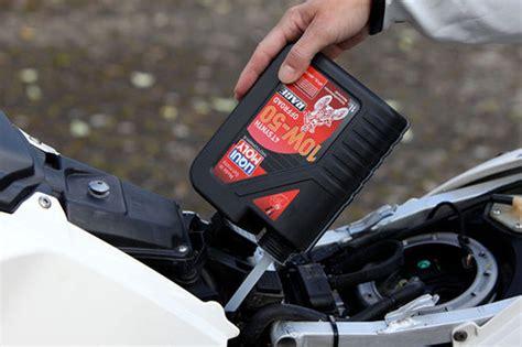 ölwechsel Motorrad by 214 Lwechsel Beim Motorrad Das Richtige 214 L News Motorrad