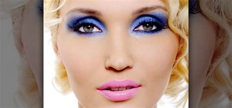 how to make your blue eyes pop with the right eye makeup