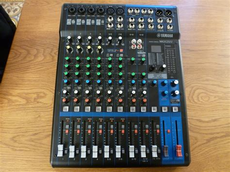 Mixer Audio Yamaha Mg12xu yamaha mg12xu image 1627500 audiofanzine