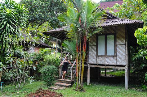 railay cabana bungalows leh awaygowe