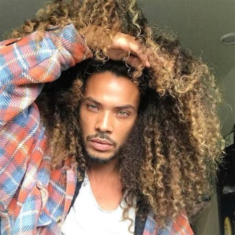 Hairstyles For Guys With Super Curly Hair | 45 playful curly hairstyles for black men menhairstylist com