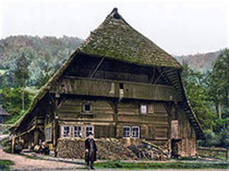 Spitzdachhaus Kaufen by Kr 252 Ppelwalmdach Wiktionary