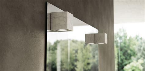 specchio bagno con luce integrata specchi con luce in marmo dedalo arredamento