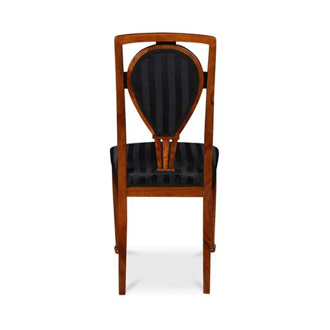 stuhl jugendstil reproduzierter jugendstil stuhl nussbaum bei stilwohnen de