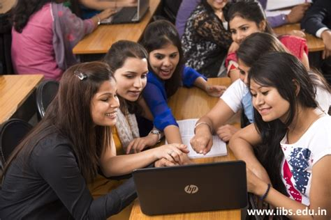For Mba Students In Bangalore by Are You Looking For Top Notch Mba College In Bangalore