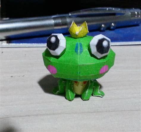 Papercraft Frog - frog papercraft by bslirabsl on deviantart