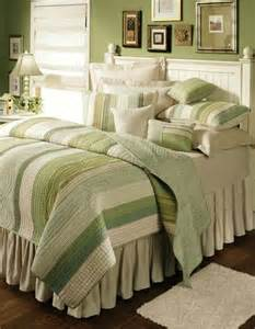 Vineyard Dream Twin Quilt Only by C & F