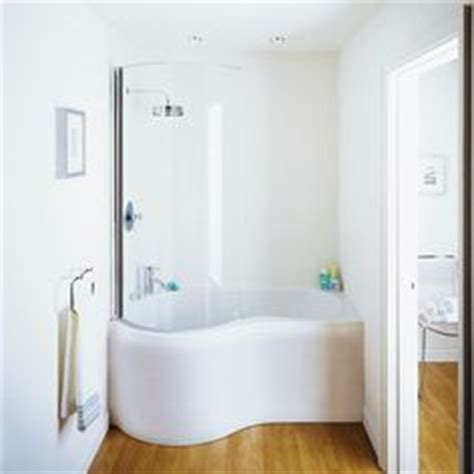 japanese bathtubs small spaces 1000 ideas about japanese soaking tubs on pinterest