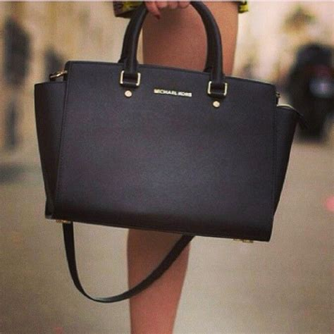 michael kors selma saffiano large black satchels on sale