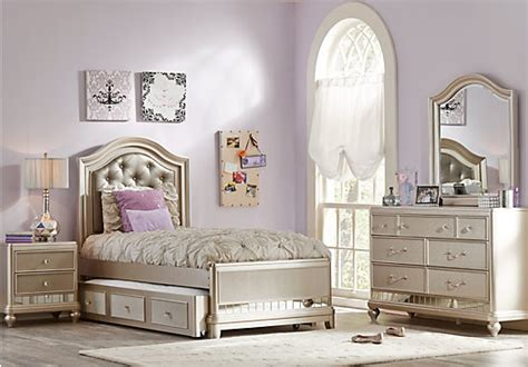 sofia vergara bedroom furniture sofia vergara petit chagne 5 pc panel