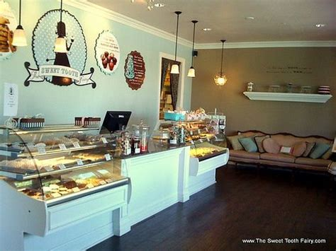 Bakery Shop Decoration Ideas by 25 Best Ideas About Bakery Interior On Bakery