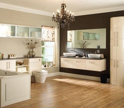 howdens bathroom cabinets best 25 howdens bathrooms ideas on 4 panel