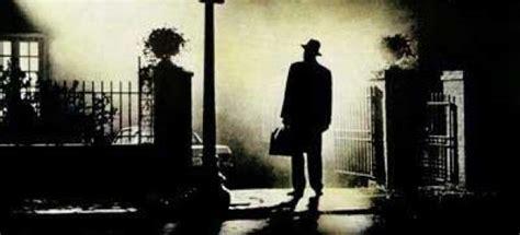 imagenes subliminales en el exorcista washington oficializa las escaleras de el exorcista como