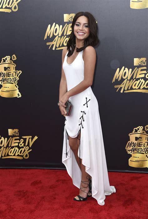 Isabela Moner 2019 Premio Lo Nuestro A La Musica In Miami Isabela Moner Mtv And Tv Awards In Los Angeles 05 07 2017