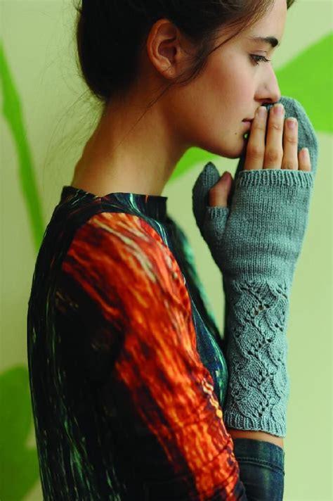 Sabrina Knitt 1 sabrina mitts gants mitaines 233 charpes snoods tricot crochet knitting patterns