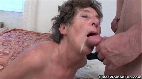 Hairy Granny Loves Anal Sex Xnxx