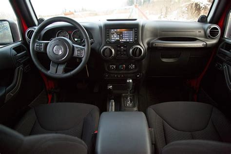 jeep red interior jeep compass 2015 red image 28