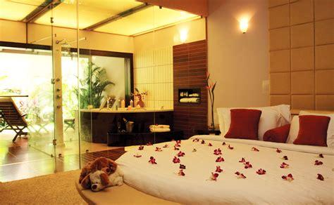 honeymoon in hotel room honeymoon suite hotels holidays luxury suites vacation packages rooms suites leonia resorts