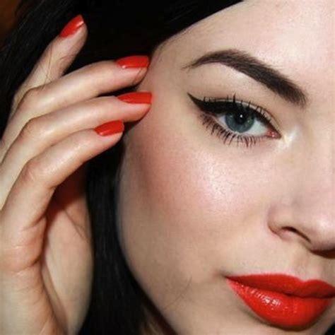 Lipstick Free Eyeliner 8tracks radio lipstick winged eyeliner 12 songs