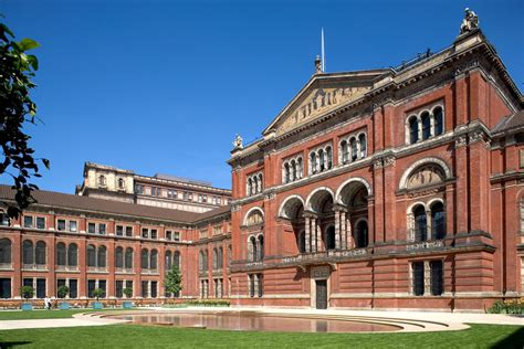 v a victoria and albert museum in kensington london the