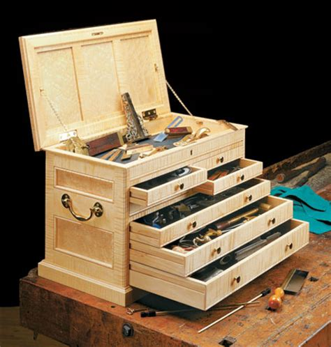 woodworking tool box cabinetmaker s tool chest woodsmith plans