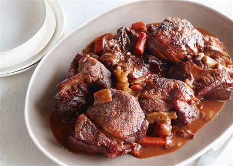 come cucinare il guanciale di maiale brasato di maiale al vino rosso buonissimo