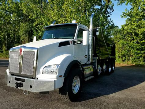 kenworth trucks 2017 2017 kenworth t880 dump trucks for sale 17 used trucks