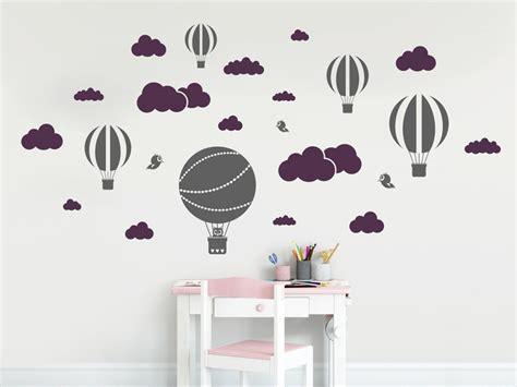 wandtattoo kinderzimmer himmel wandtattoo himmel mit wolken und hei 223 luftballons