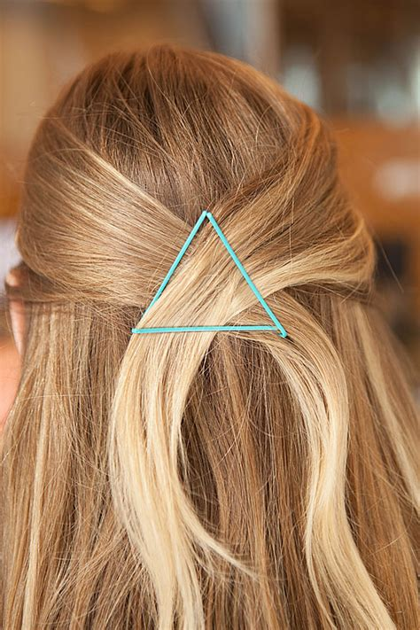 diy hairstyles with bobby pins 17 life changing ways to use bobby pins enjoy diy