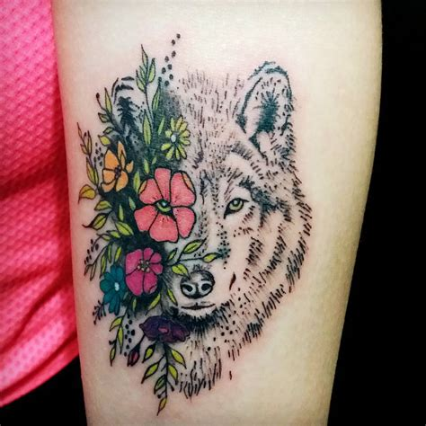 wolf family tattoo designs 95 best tribal lone wolf designs meanings 2018