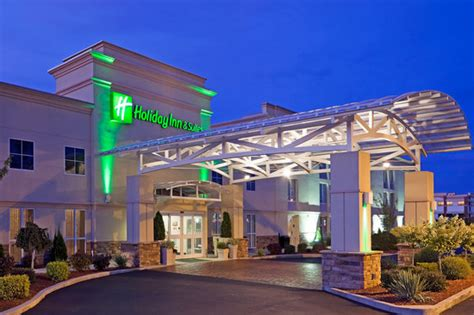 holiday inn hotel suites marketplace henrietta ny