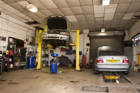 The Garage On Motor by Drighlington Mot Centre In Bradford Approved Garages