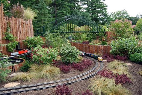 garden train layout design train gardening information creating a garden train