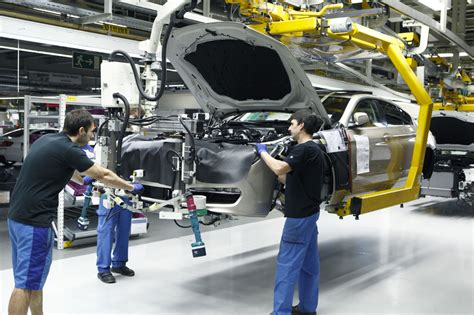 german auto industry possibly heading  strikes