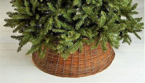 michaels christmas tree basket base 1000 images about on trees burlap garland and pomegranates