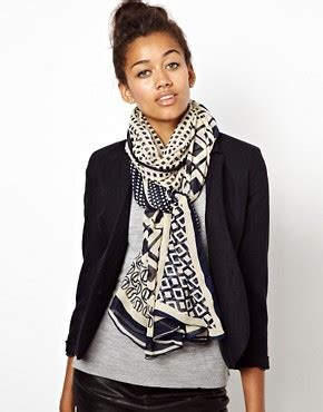 Cp Geo Navy No Pashmina not that i need an excuse to buy one of these does my