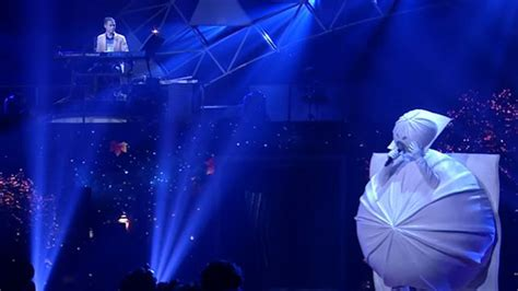 cute thai  mask singer contestant   viral