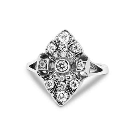 18ct white gold 17 cluster 0 25ct vintage