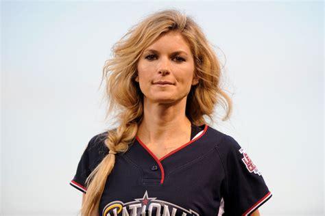 hairstyles for baseball games cute hairstyles to rock at a baseball game guysgirl