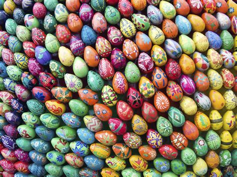 decorare uova pasquali tavola pasquale decorazioni fai da te bigodino