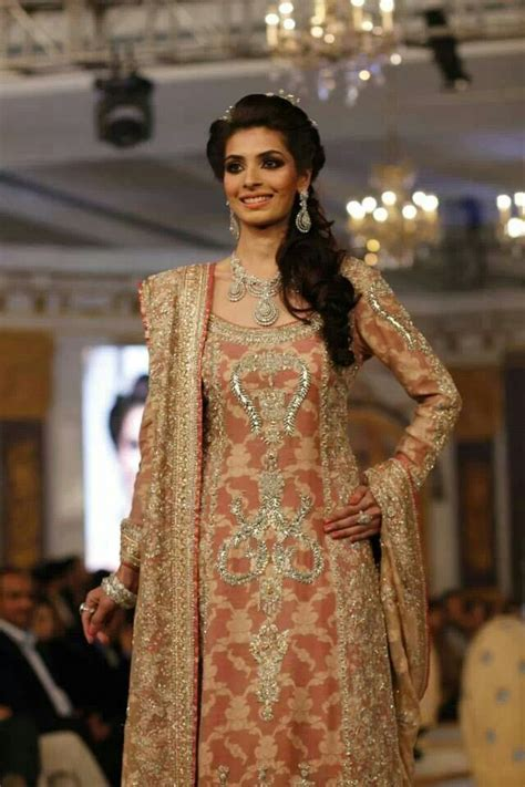 Latest Pakistani & Indian Wedding Dresses 2016 17 Collection