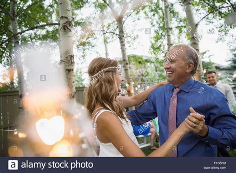 braut vater tanz bride stockfotos bride bilder alamy