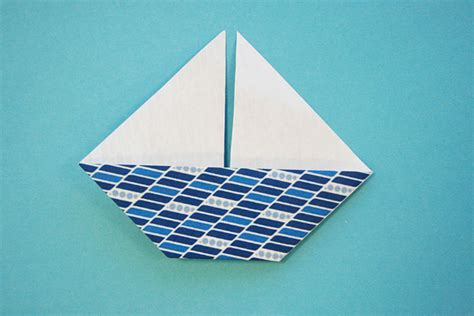 How To Make A Strong Paper Boat - strong origami boat comot