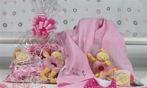 Baby Shower Gifts by How To Create Baby Shower Gift Baskets Overstock