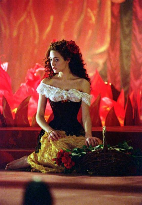 emmy rossum on phantom of the opera cineplex emmy rossum