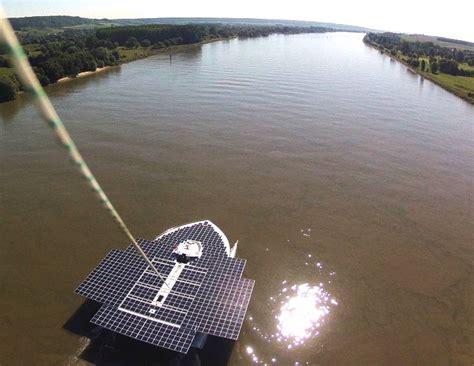 speed boat around statue of liberty planetsolar guinness world record solar boat river seine