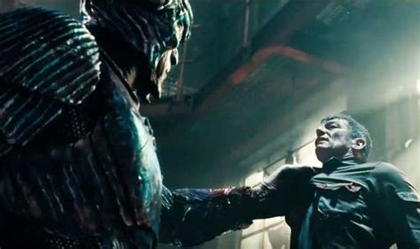 justice league film villain justice league new trailer steppenwolf and batman try to