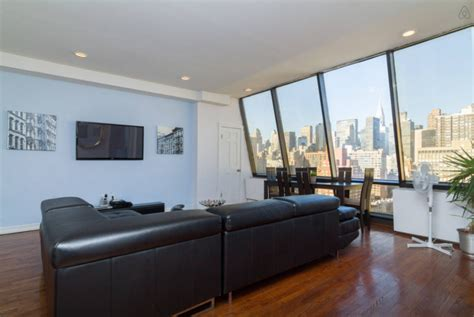 2 Bedroom Apartments For Rent Nyc 8 swanky airbnb penthouses you can rent for the night in